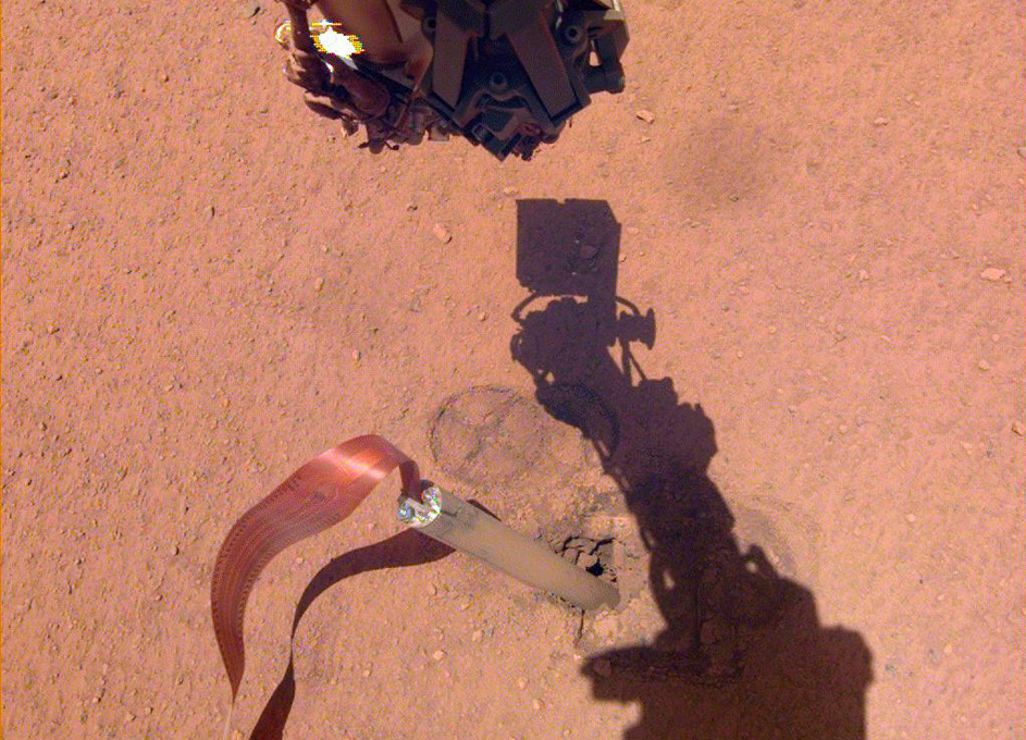 InSight's Arm Camera Stares Into the Pit