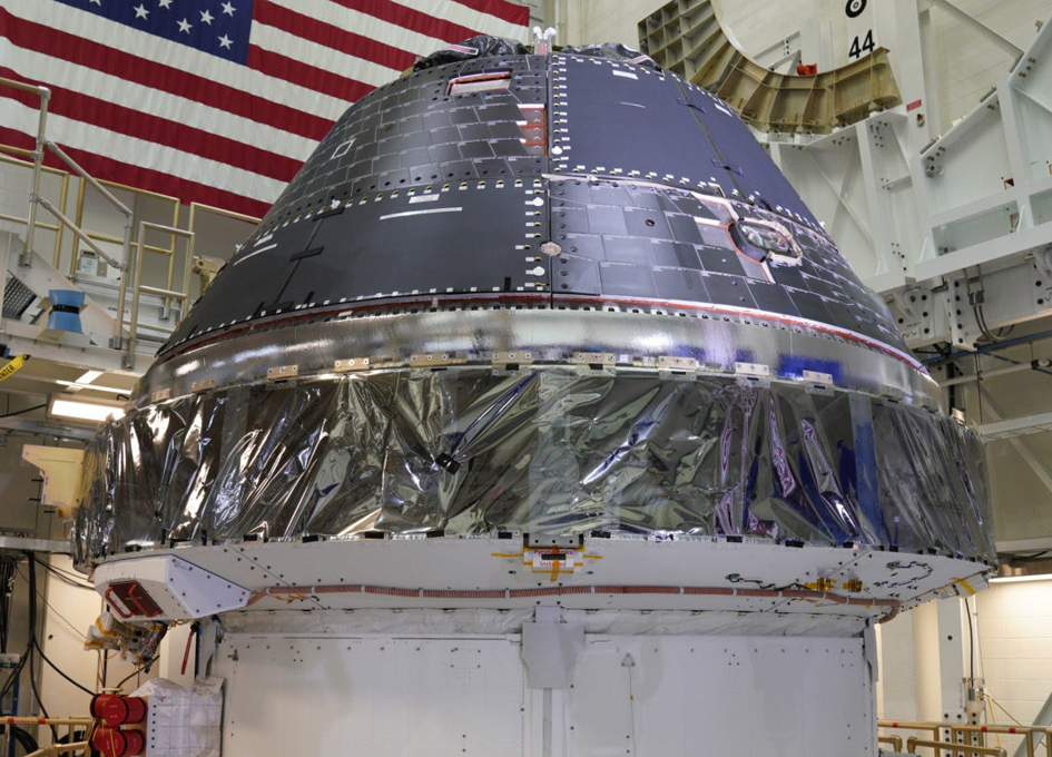 Lockheed Martin Completes Orion Spacecraft For Artemis 1