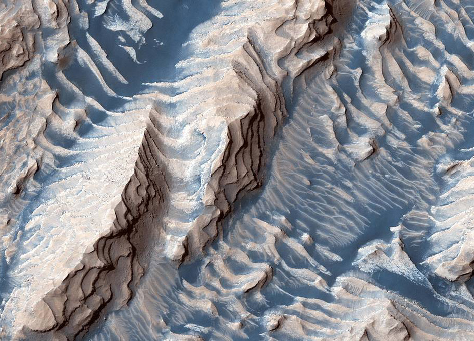 Layers in Mars' Danielson Crater
