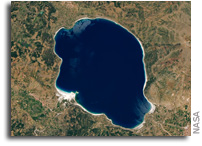 Lake Salda, Turkey Shares A Similar Mineralogy With Jezero Crater On Mars