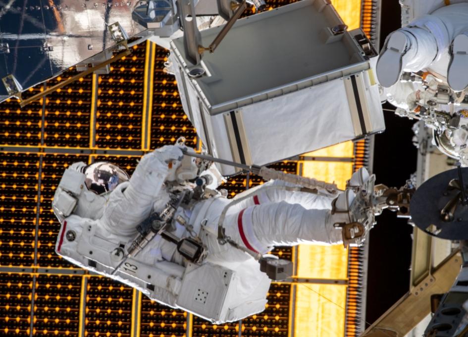 NASA Space Station On-Orbit Status 21 January 2020 - Weekend Spacewalk Coming Up