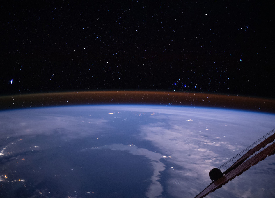 Atmospheric Glow And The Milky Way Seen By Humans In Orbit