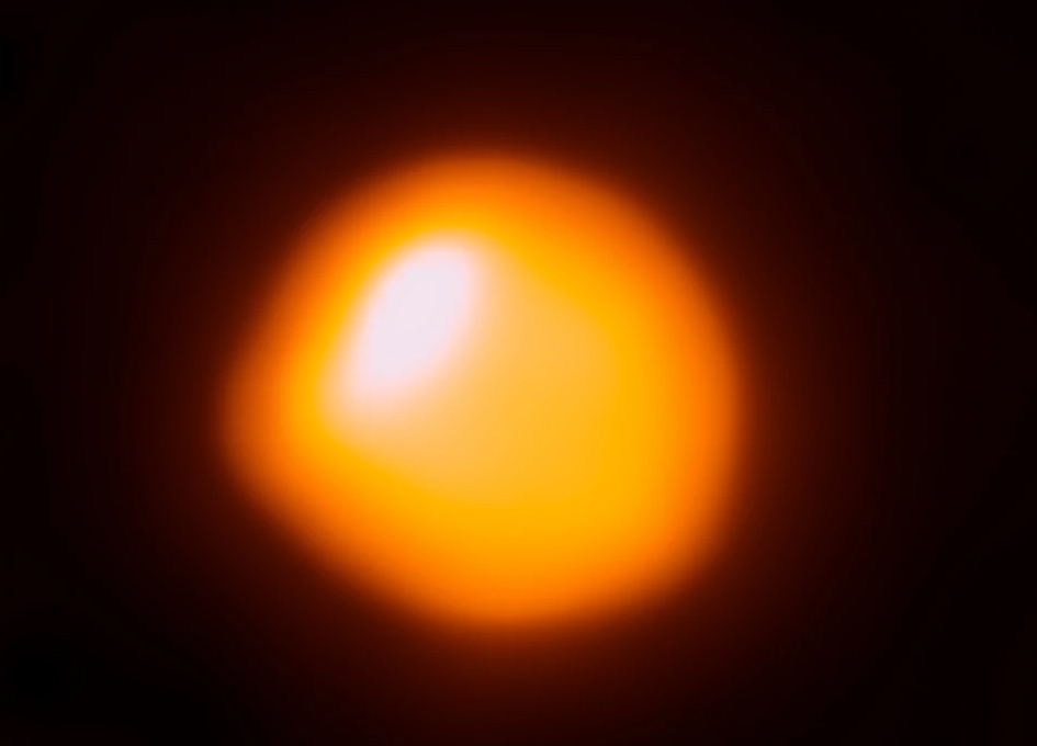 Celebrity star Betelgeuse is smaller and closer than we thought