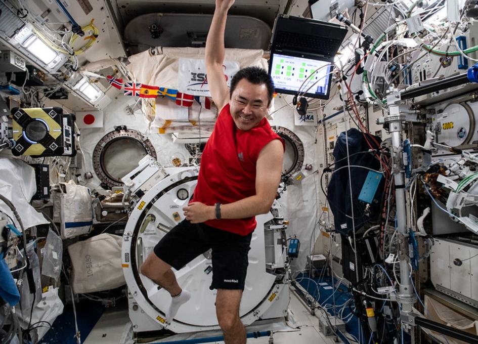 NASA Space Station On-Orbit Status 18 October, 2021 - Crew Focused on Exercise