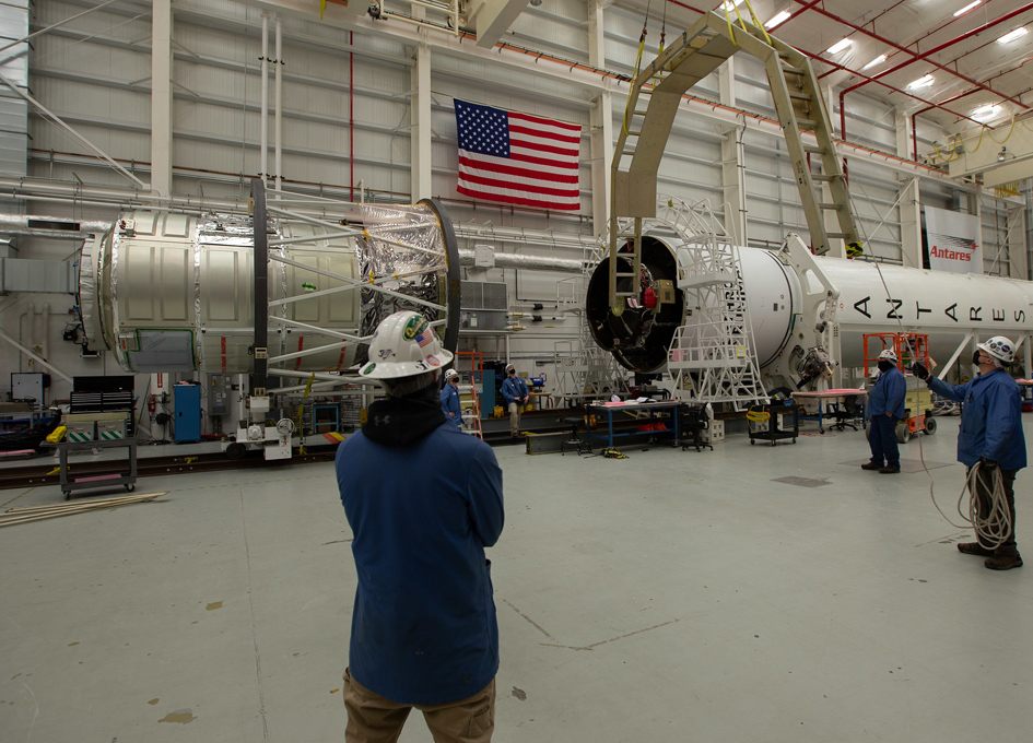 Cygnus Spacecraft Mated With Antares Rocket