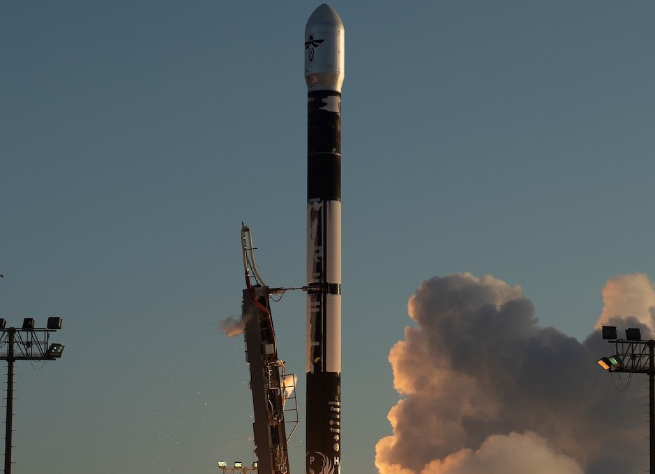 Firefly Aerospace Conducts First Test Launch of Alpha Launch Vehicle (with video)
