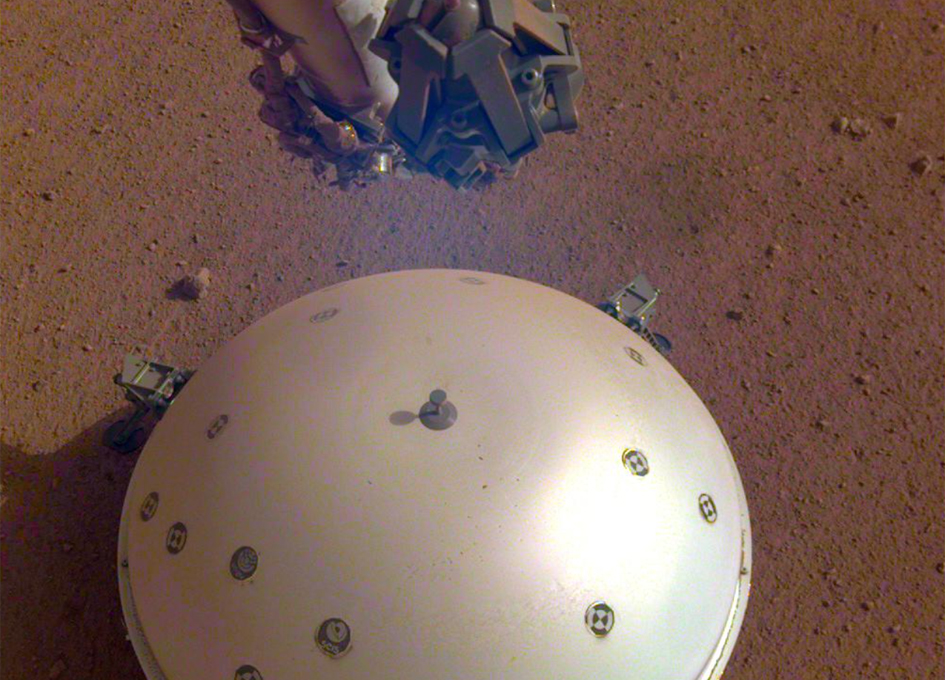 InSight Finds Three Big Marsquakes, Thanks to Solar-Panel Dusting