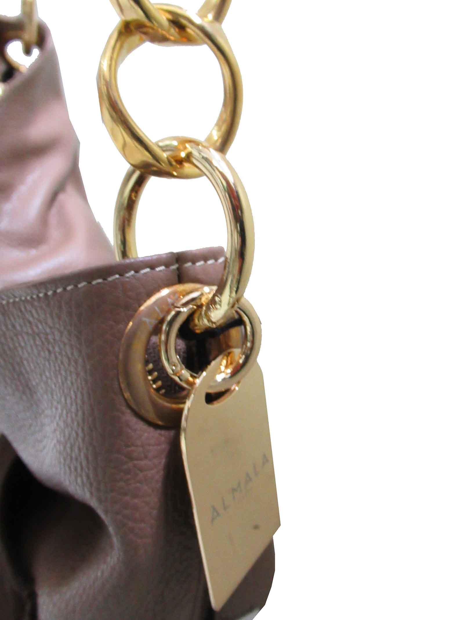 Borsa Donna Shopping Grande a Spalla Norma in Pelle Cuoio con Tracolla in Pelle Regolabile con Catena in Oro cg071a0211 Almala   Borse e zaini   NORMA014