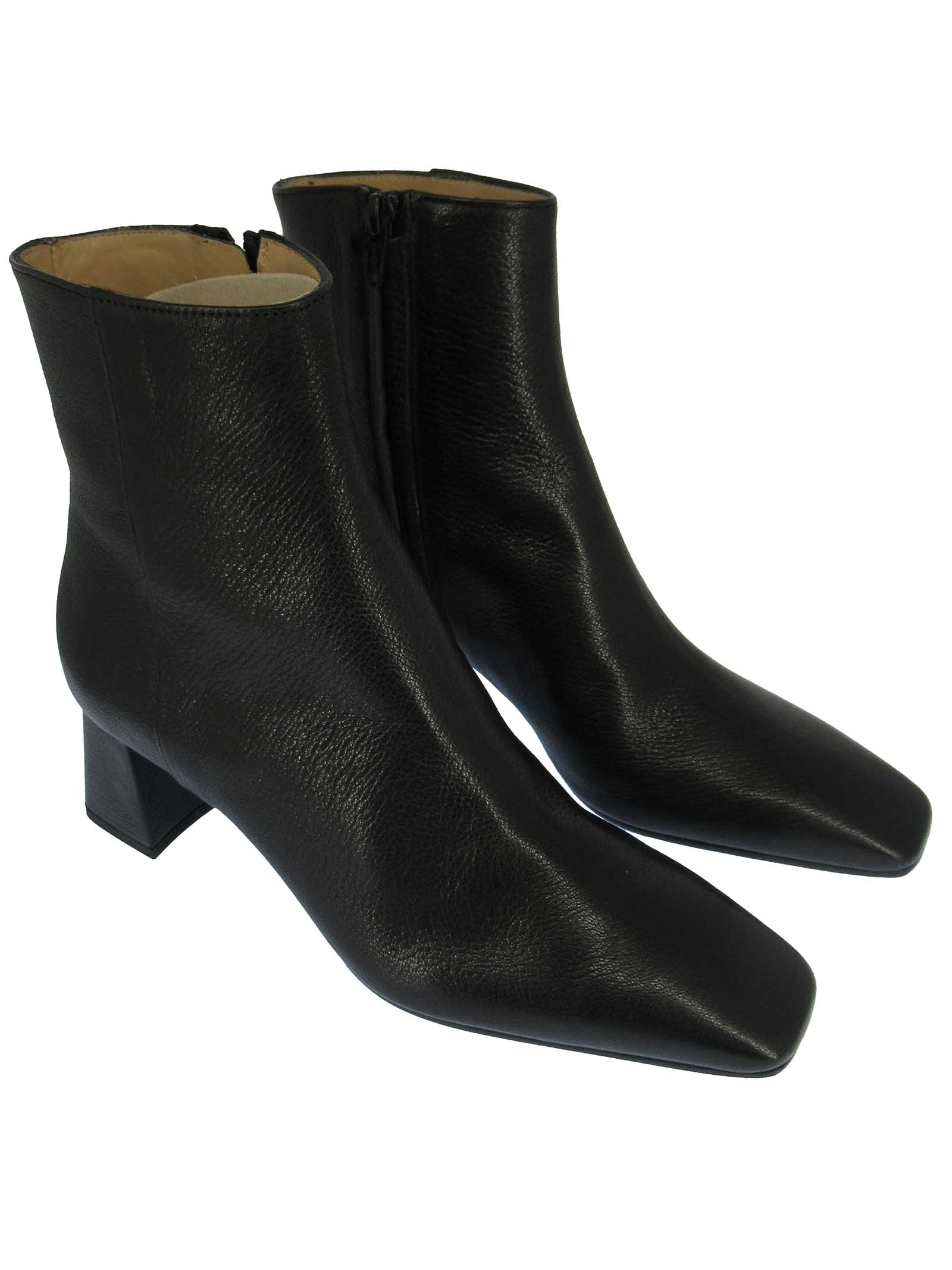 Women's Shoes Ankle Boots in Black Leather with Square Toe Side Zip and Medium Heel Fabio Rusconi | Ankle Boots | I-2099001