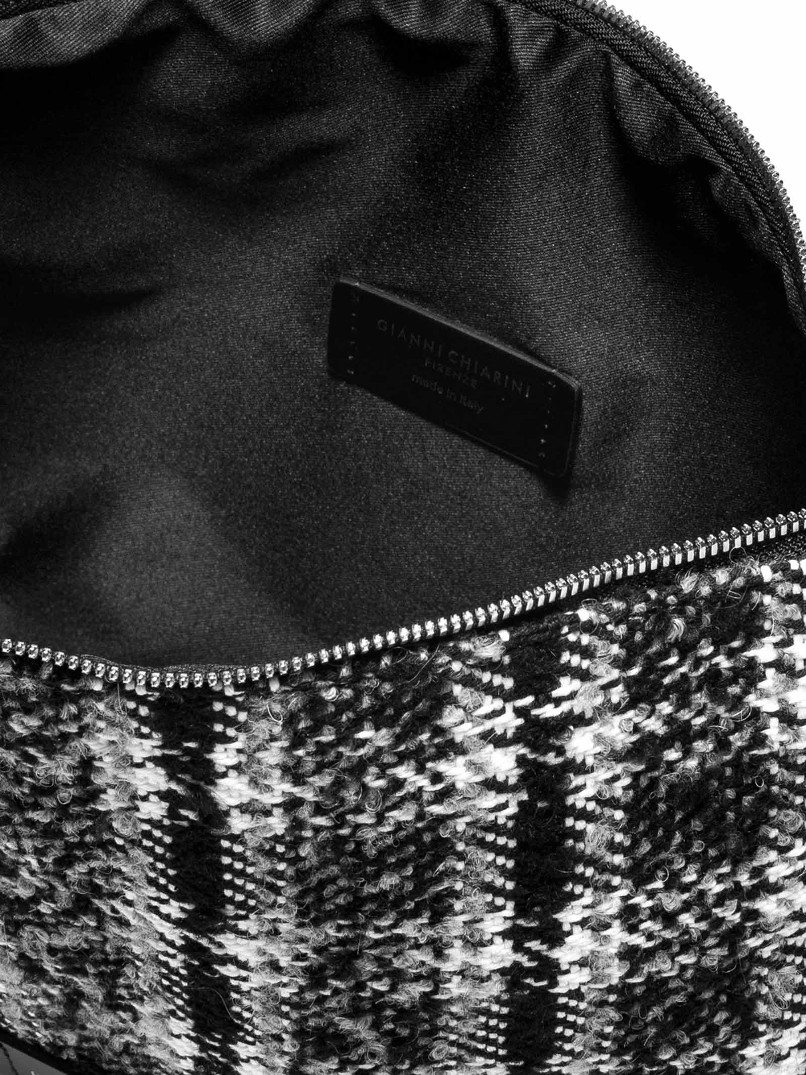 Accessori Donna Svuota Borse in Tessuto Bianco e Nero a Quadri con Tracolla e Bracciale in Pelle Gianni Chiarini | Borse e zaini | SB9391973