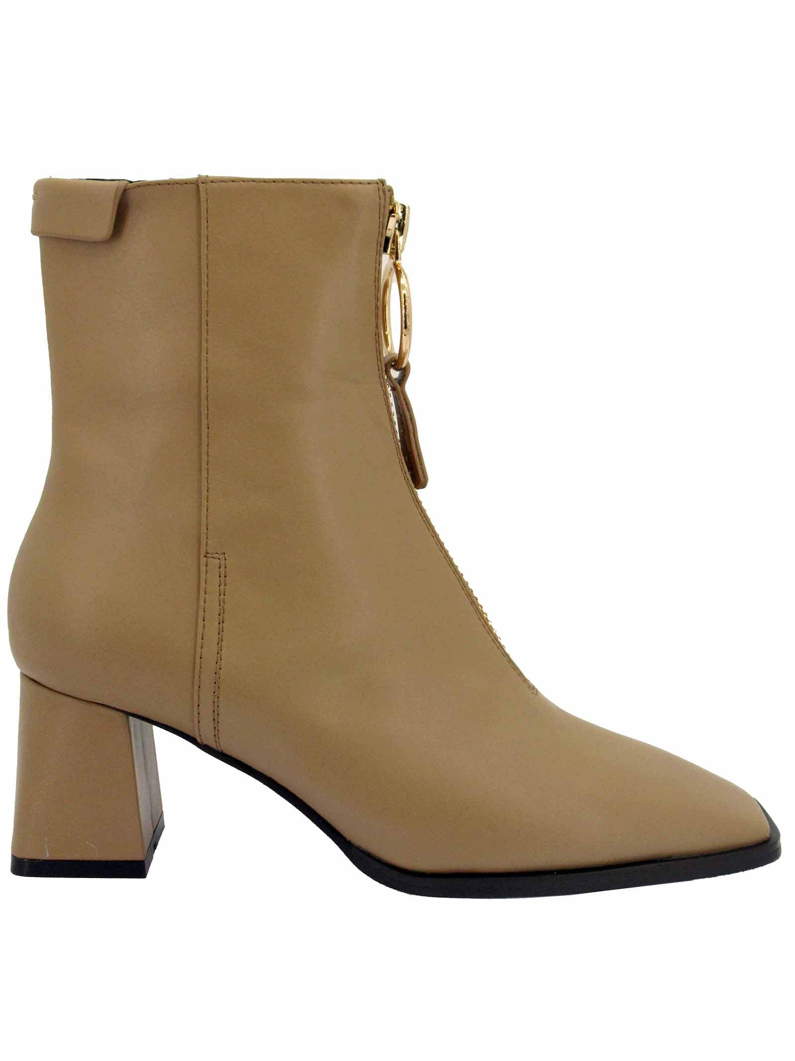 Women's Ankle Boots in Camel Leather with Gold Zip Square Toe and Matching Wide Heel Lola Cruz | Ankle Boots | 093T10BK025