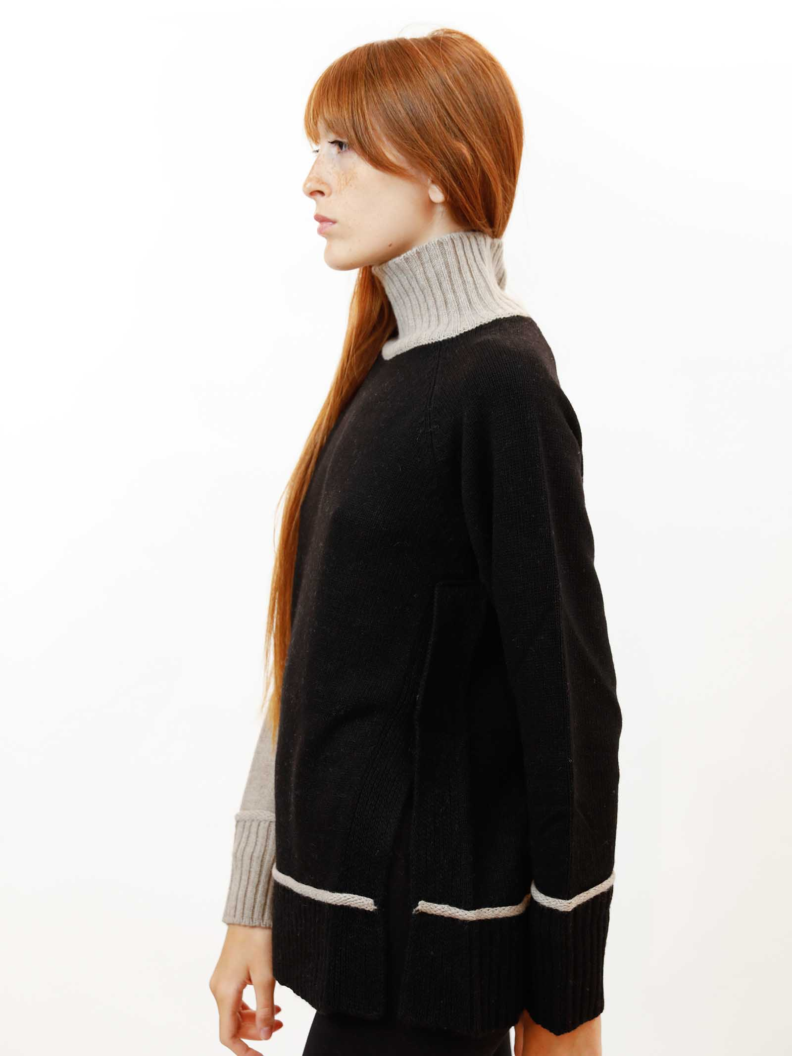 Abbigliamento Maglione Donna Cachemire Merinos Collo Alto in Nero e Beige Maliparmi | Maglieria | JQ48877431520B12