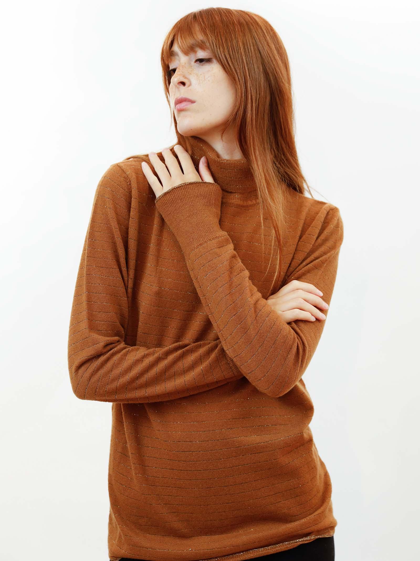Abbigliamento Donna Maglione Collo Alto Soft Misto Cachemire in Caramello con Lurex Maliparmi | Maglieria | JQ49017052341008