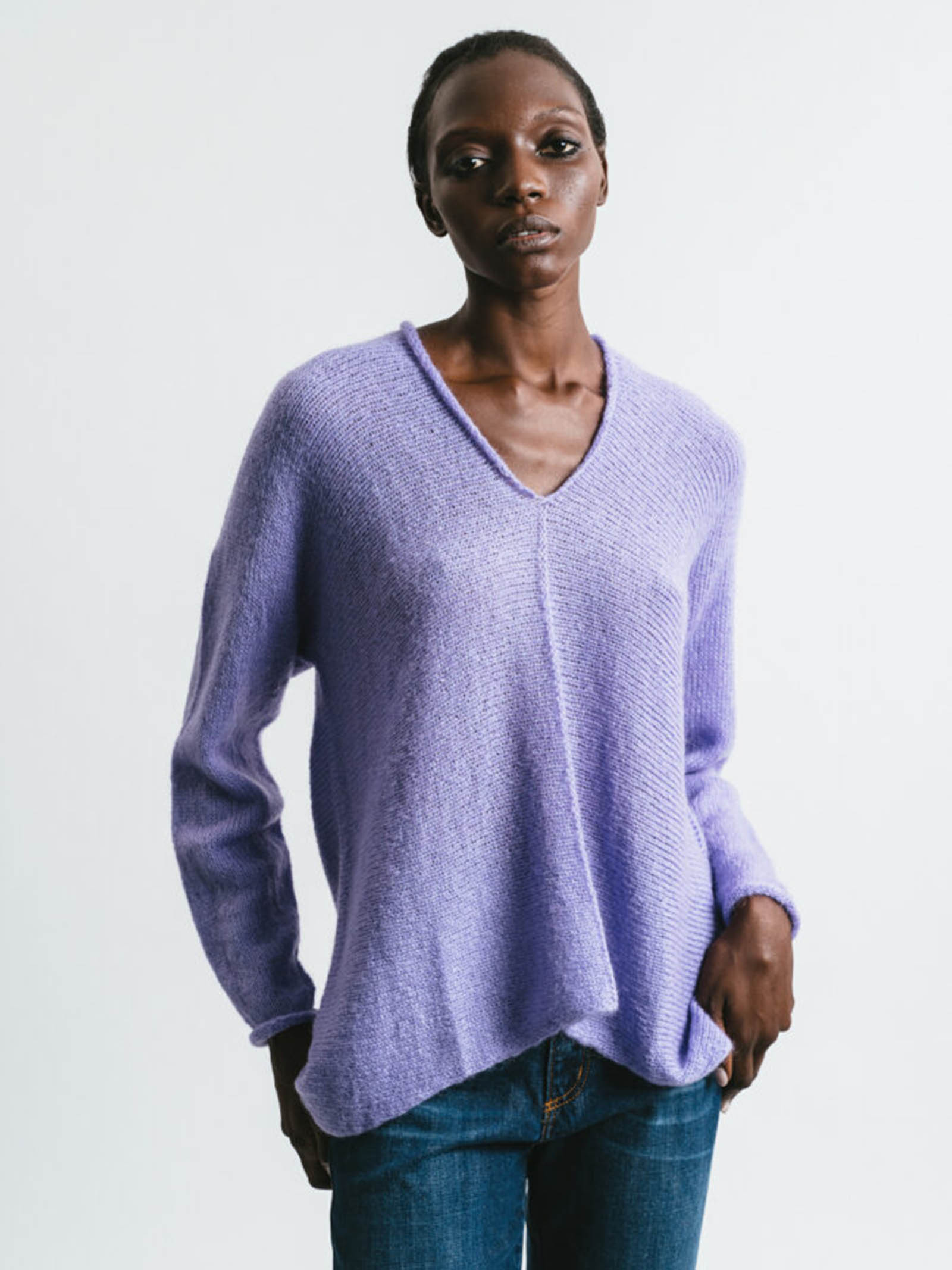 Women's Clothing V-neck Sweater in Lilac Mohair Long Sleeve Pink Memories   Knitwear   1114014