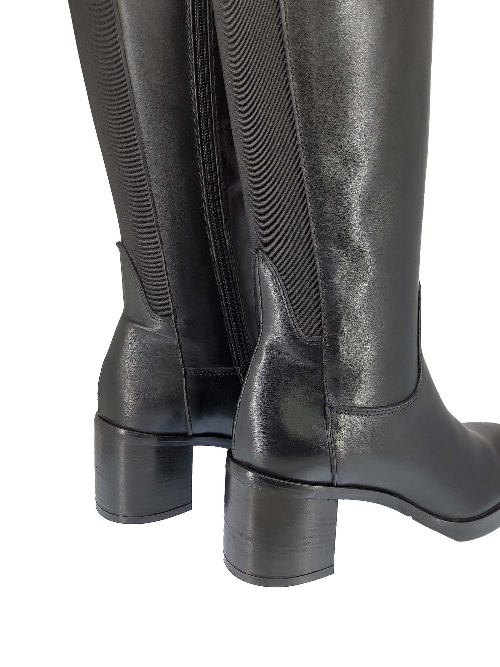 Calzature Donna Stivali in Pelle Nera con Elastico Posteriore Tacco Grosso e Suola in Gomma Spatarella | Stivali | ST30001