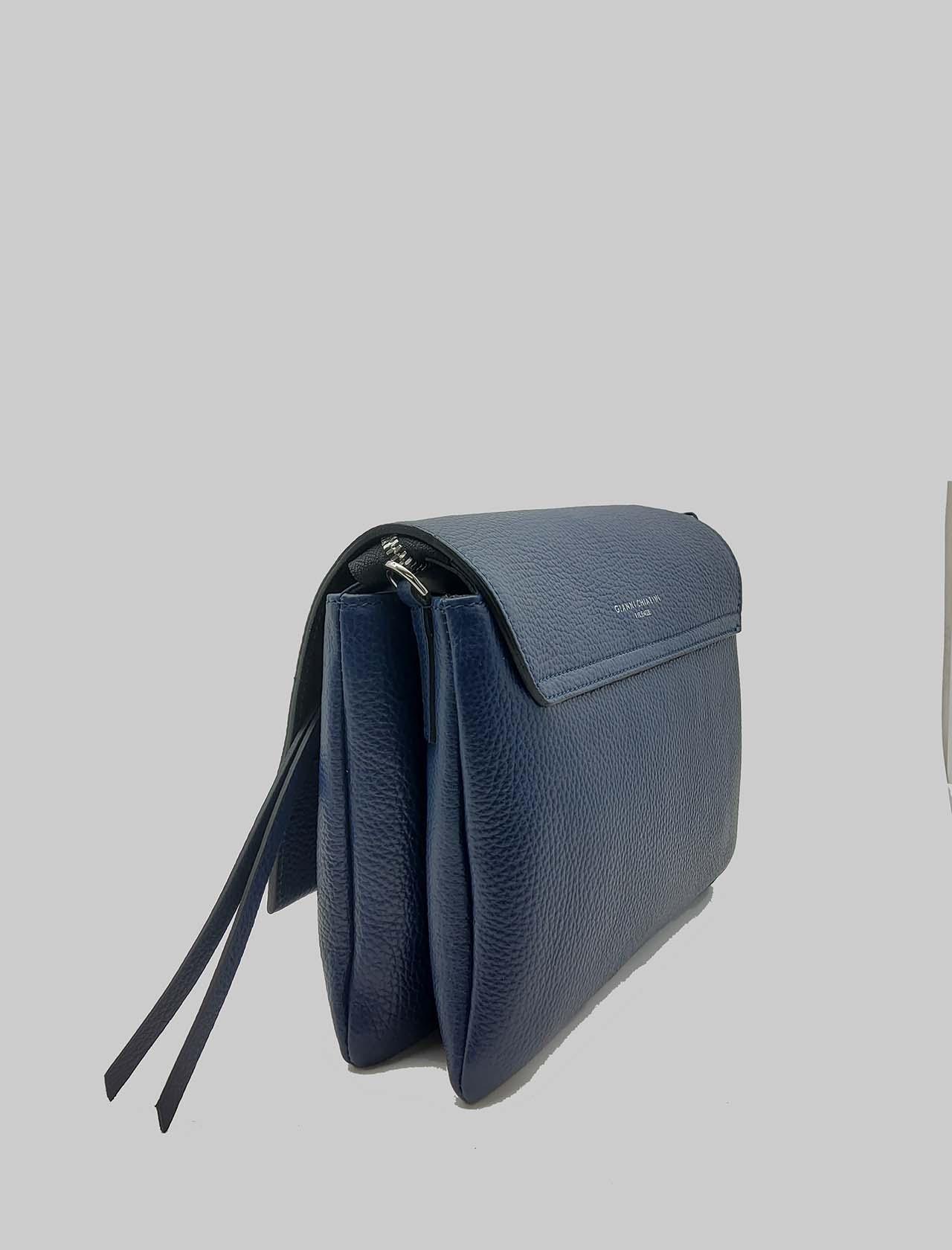 Borsa Donna Three A Tracolla In Pelle Blu Con Patta Lunga E Tracolla Removibile Gianni Chiarini | Borse e zaini | BS43640208