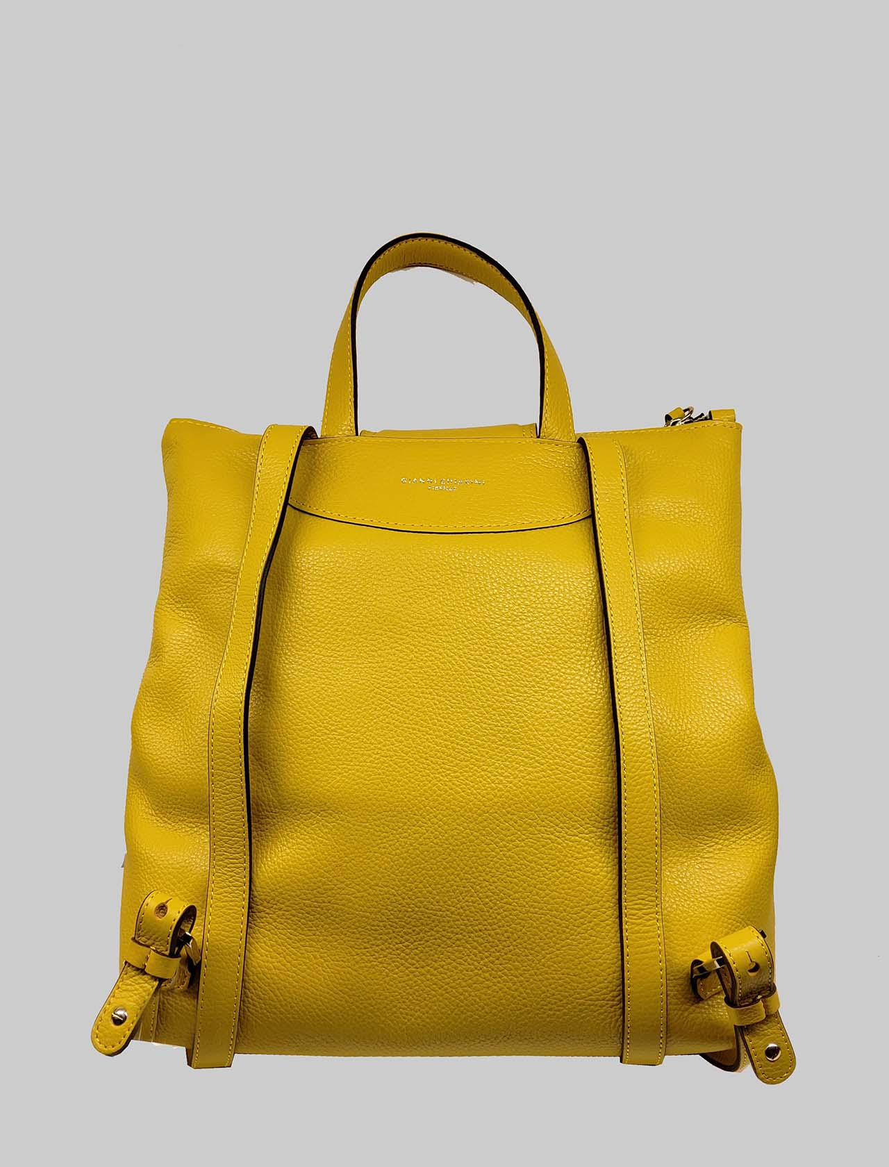 Woman Backpack Giada with Central Zipper In Mustard Leather With Handle And Adjustable Straps Gianni Chiarini | Bags and backpacks | ZN704011040