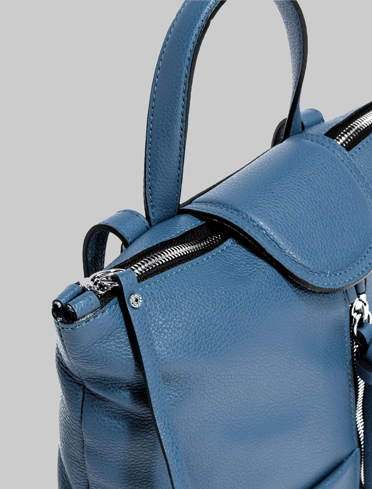 Giada Woman Backpack With Central Zipper In Blue Leather With Handle And Adjustable Straps Gianni Chiarini | Bags and backpacks | ZN704011710