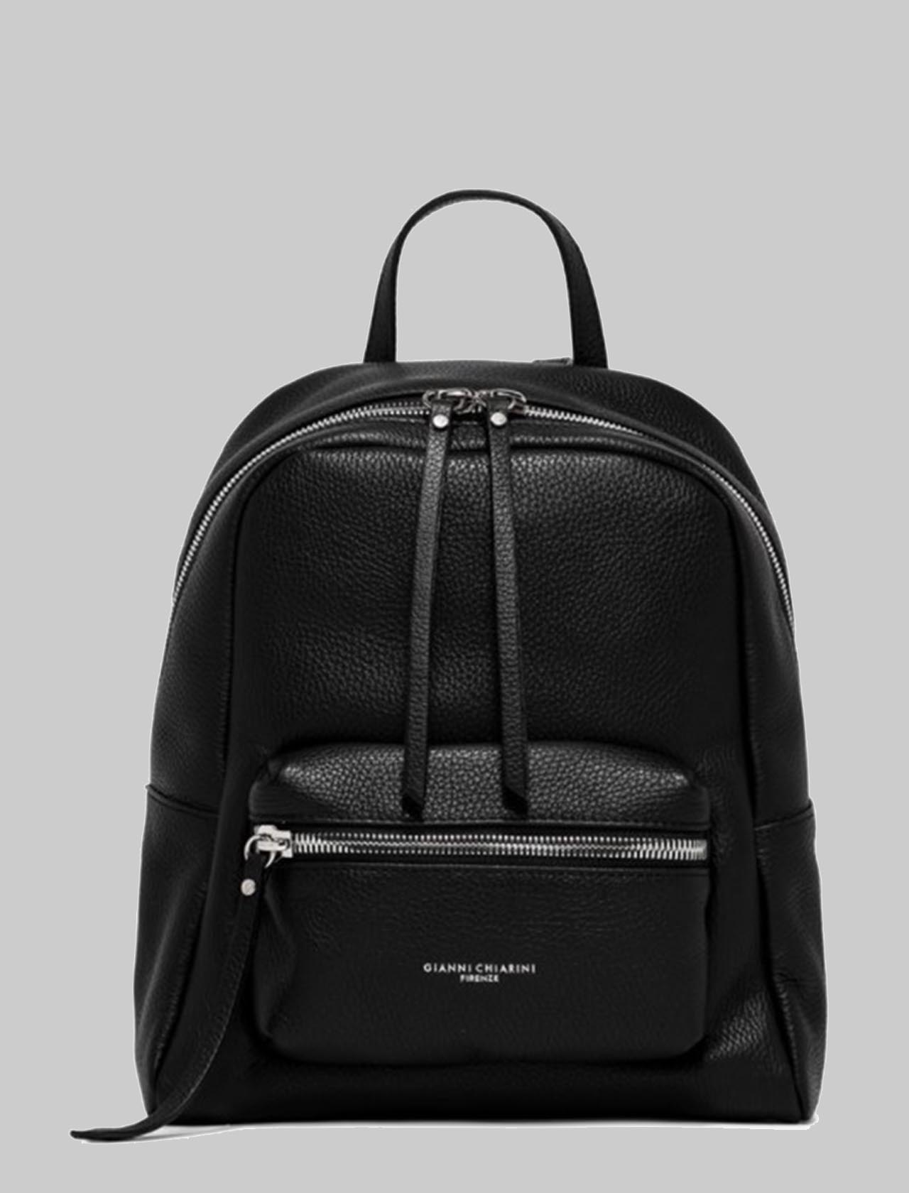 Luna Woman Backpack In Black Hammered Leather With Front Pocket And Adjustable Handle And Straps Gianni Chiarini | Bags and backpacks | ZN8605001