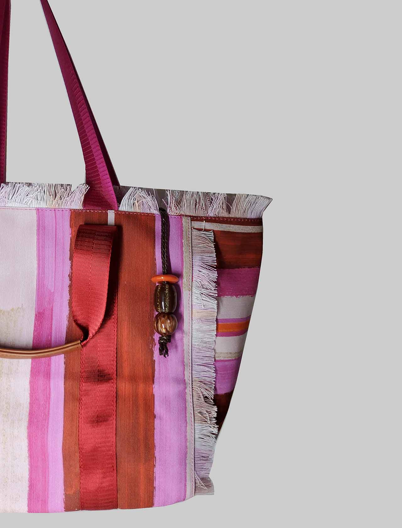 Woman Shopping Bag Painted Stripes in Pink and Red Patterned Cotton Maliparmi | Bags and backpacks | BH026010135B3223