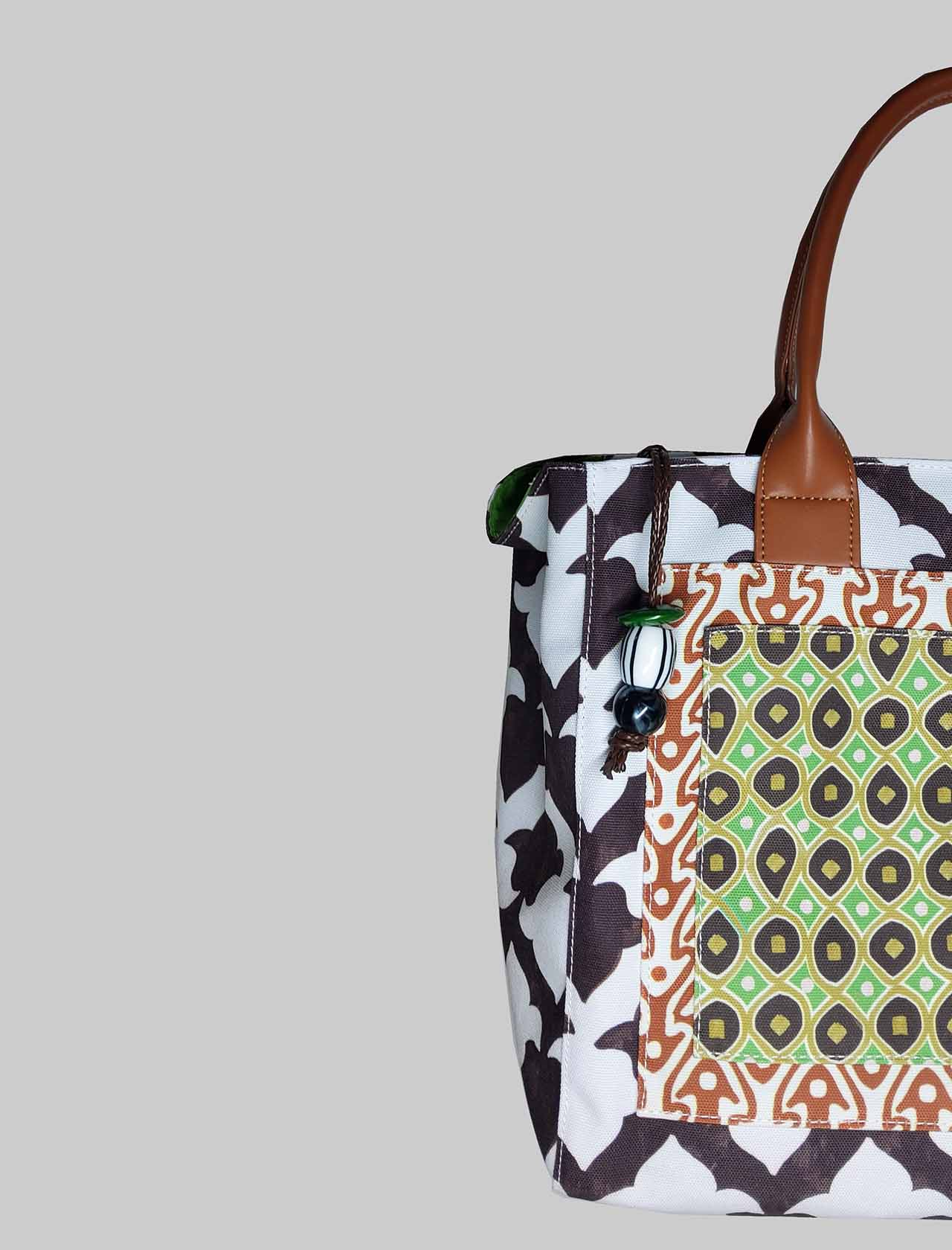 Woman Shopping Bag Ceres Diamond Print in White and Brown Patterned Cotton Maliparmi | Bags and backpacks | BH026060044A1053