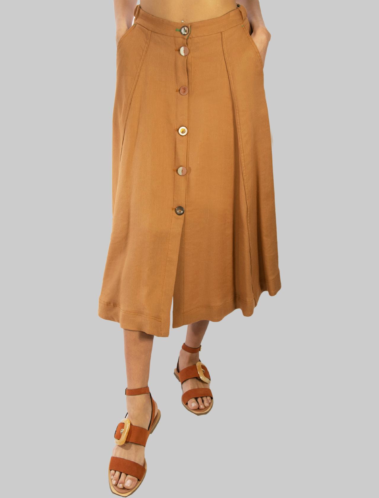 Abbigliamento Donna Gonna Lunga Diagonal Linen con Bottoni Gioiello in Ocra Maliparmi | Gonne e Pantaloni | JG36224007812021