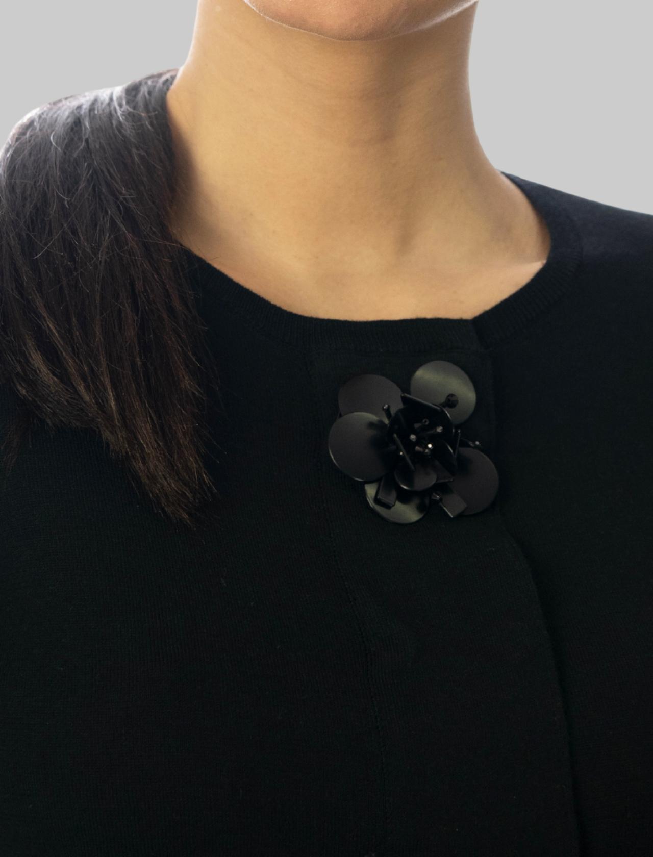 Women's Clothing Short Cardigan Flower Embroidery in Black Cotton Maliparmi | Knitwear | JN35657050220000