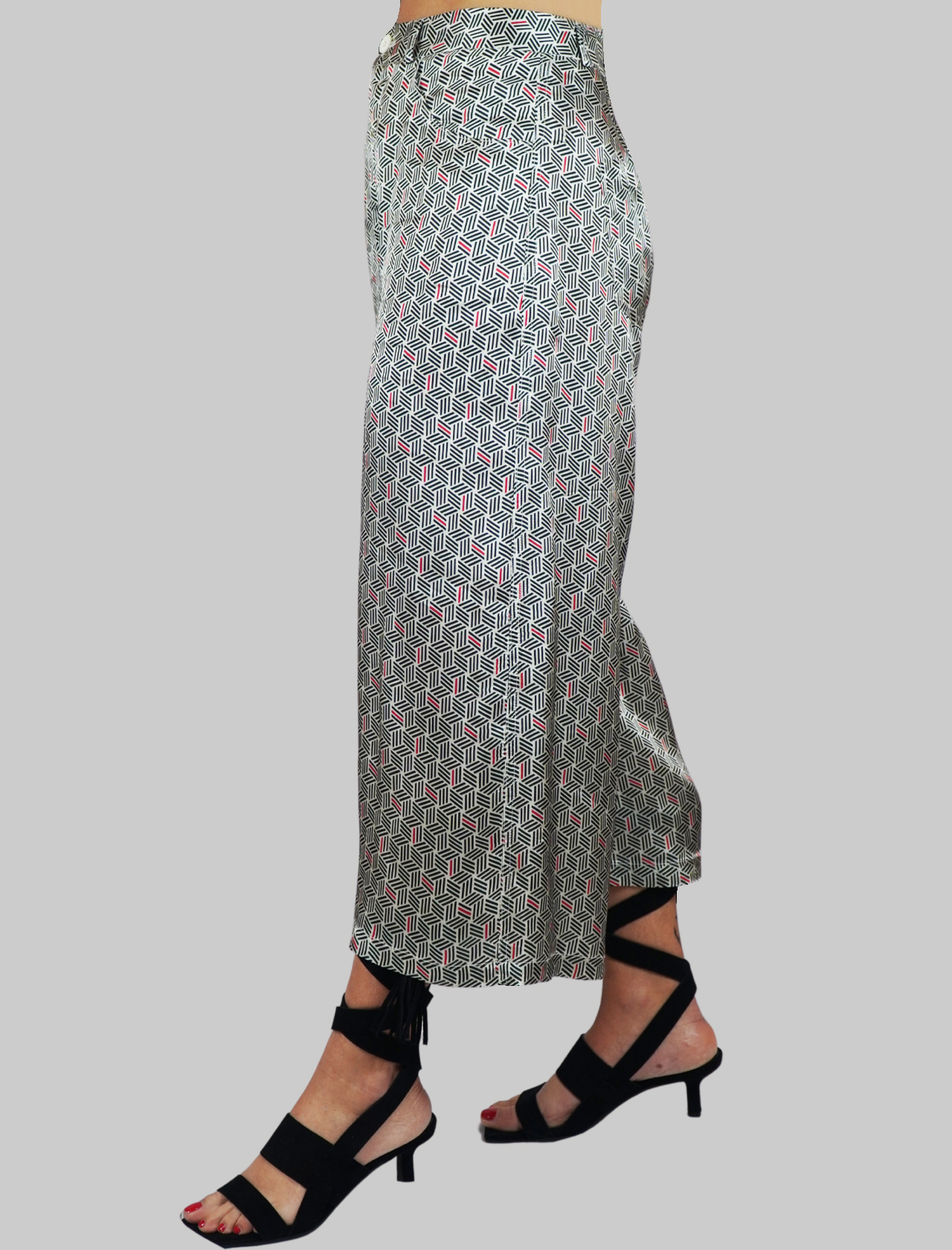 Women's Clothing Black and White Pajama Patterned Trousers with Welt Pockets Mercì | Skirts and Pants | P297900