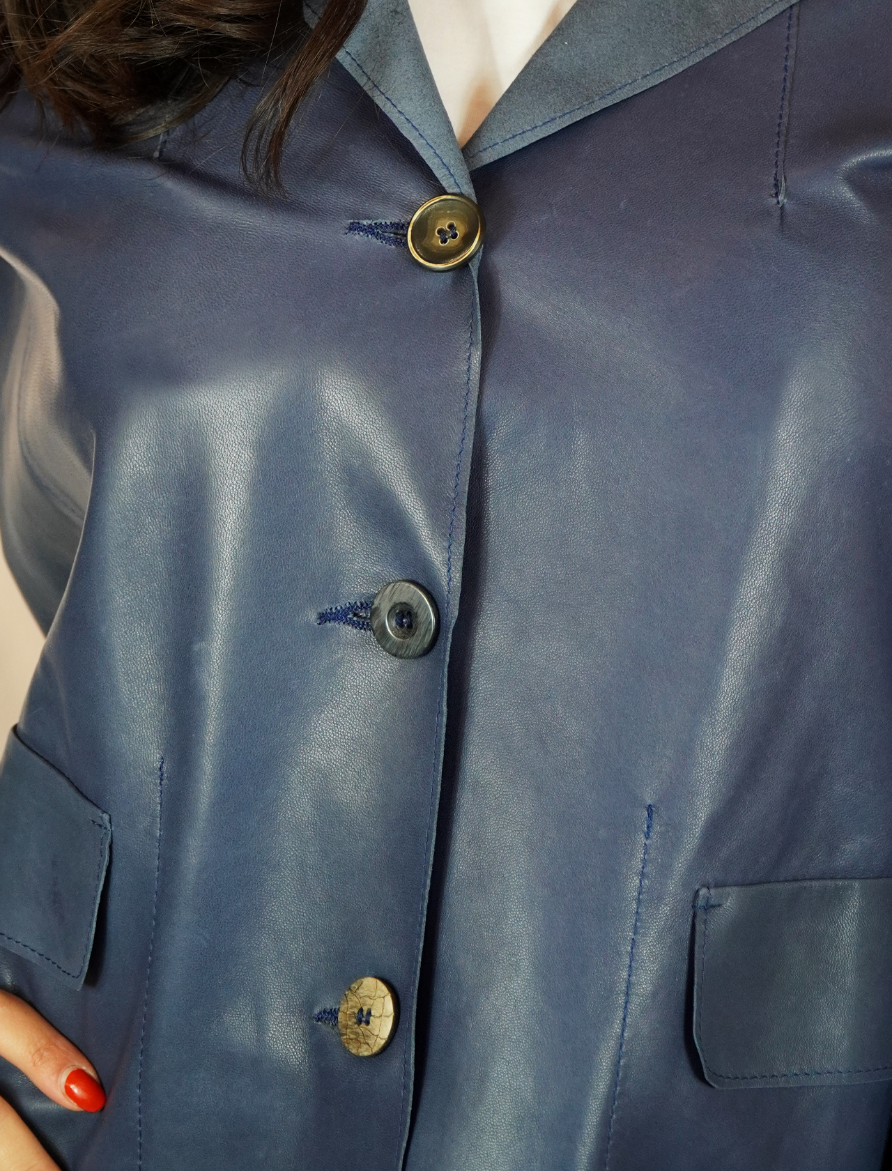 Abbigliamento Donna Giacca in Pelle Blu Sfoderata con Bottoni Vintage Spatarella | Giacche e giubbini | 1527002