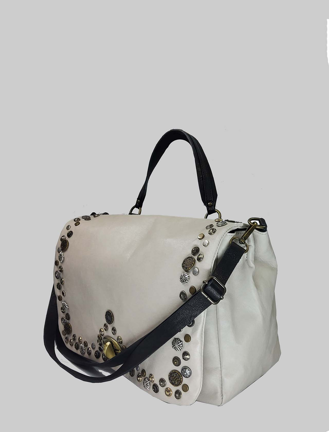 Woman Shoulder Bag in Cream Leather with Studs and Adjustable Leather Shoulder Strap Spatarella | Bags and backpacks | FIONA016