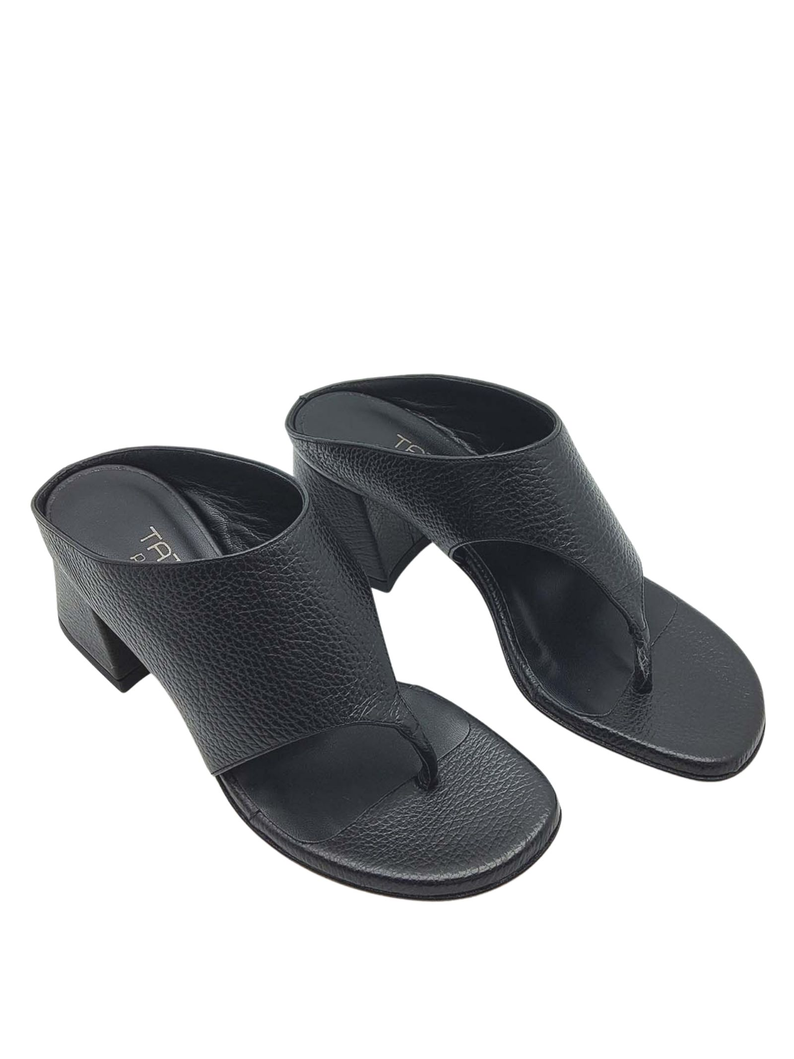 Women's Shoes Thong Sandals in Black Leather with Band Tattoo | Sandals | 4105001