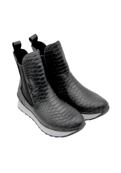 Sneakers Donna Stivaletto con Elastici Exe | Sneakers | FIORELLA-313NERO