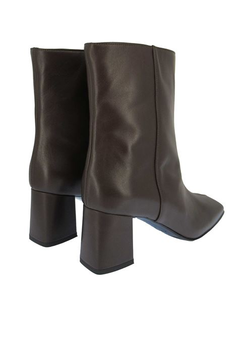 Women's Shoes Tube Ankle Boots in Brown Leather with Square Toe and Medium Heel Fabio Rusconi | Ankle Boots | I-2078013