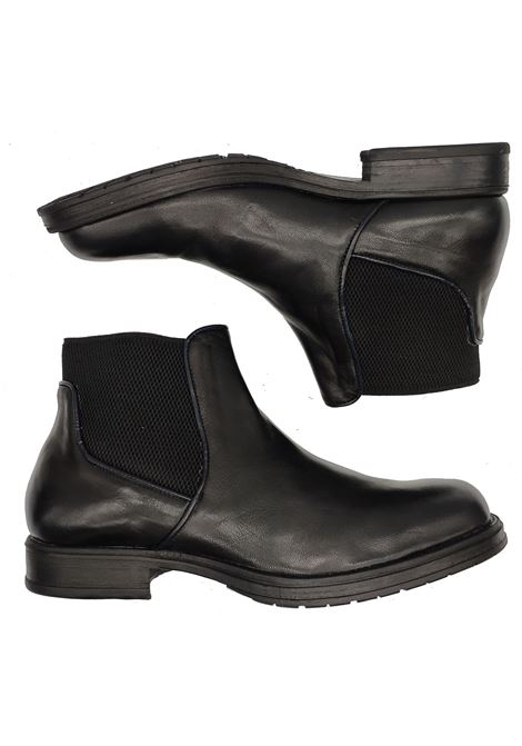 Men's Shoes Beatles Ankle Boots in Aged Leather Black Rubber Sole  Florsheim | Ankle Boots | 5269201