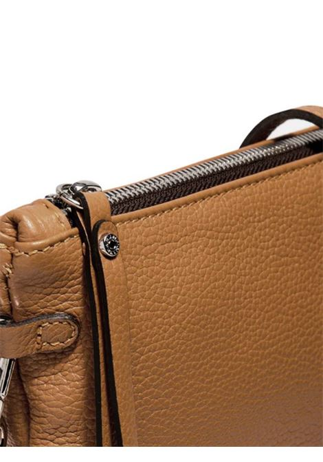 Women's Clutch Bag Maxi Hermy in Camel Leather with Handle And Cross-body Strap Adjustable And Detachable Gianni Chiarini | Bags and backpacks | BS3695009