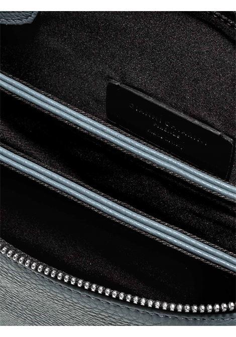 Borsa Donna Pochette a Tracolla Three In Pelle Martellata Blu con Patta e Tracolla in Pelle Regolabile E Removibile Gianni Chiarini | Borse e zaini | BS436212064