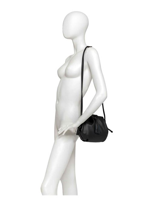 Women's Shoulder Bag Flora in Black Leather with Matching Tassels and Adjustable Leather Shoulder Strap Gianni Chiarini | Bags and backpacks | BS8475001