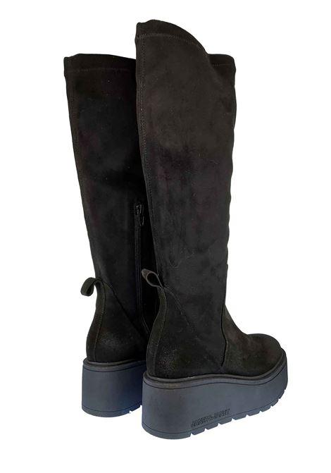 Calzature Donna Stivali Margot in Camoscio Nero ed Eco Camoscio Elasticizzato in Tinta con Fondo Zeppa in Gomma Nera Janet & Janet | Stivali | 02300001