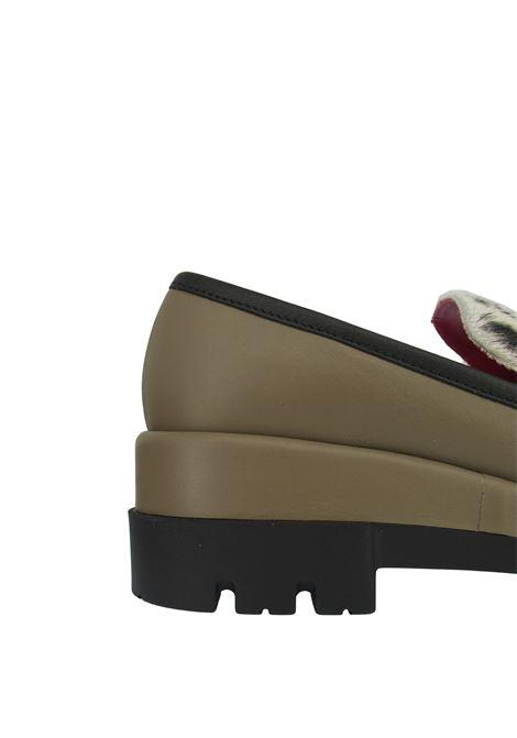 Calzature Donna Mocassini in Pelle Taupe con Patta in Cavallino e Zeppa con Fondo Carrarmato Le Babe | Mocassini | 307029