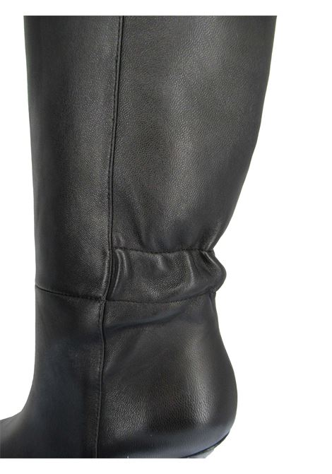 Women's Shoes Boots in Black Leather with High Heel Square Toe and Elasticated Back Lola Cruz | Boots | 098B14BK001