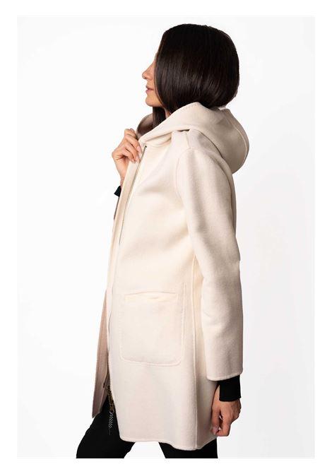 Abbigliamento Donna Cappotto Lungo Double Face in Bianco e Beige con Cappucio Maliparmi | Cappotti | JA52572027610B12