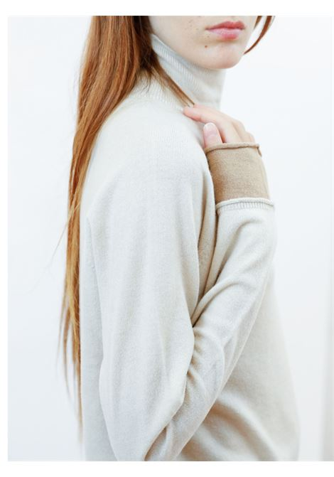 Women's Clothing Turtleneck Sweater in Ivory and Biscuit Wool & Cashmere Maliparmi | Knitwear | JQ48777425710003