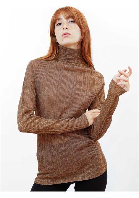 Abbigliamento Donna Maglia in Lurex Caramello con Collo Alto a Coste Maliparmi | Maglieria | JQ48867036541008