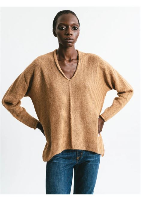 Women's Clothing V-neck Sweater in Camel Mohair Long Sleeve Pink Memories | Knitwear | 1114024