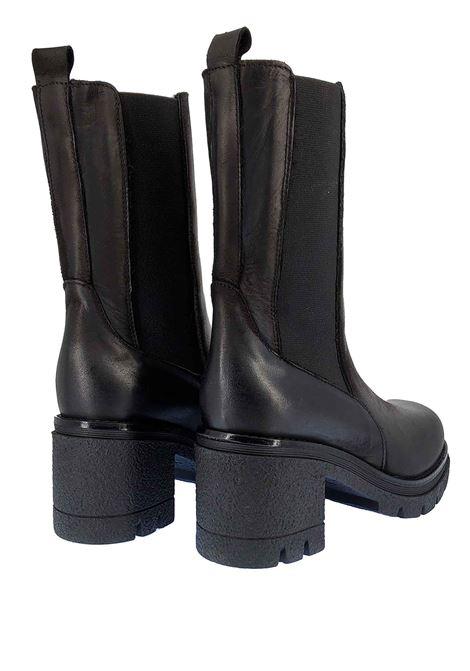 Calzature Donna Stivaletti Chelsea Boot in Pelle Nera con Elastici Laterali in Tinta e Fondo Para Spatarella | Stivaletti | Q3001