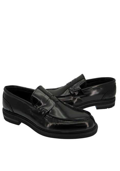 Men's Shoes Loafers in Black Leather with Ultra-light Rubber Sole Spatarella | Mocassins | SP100C001