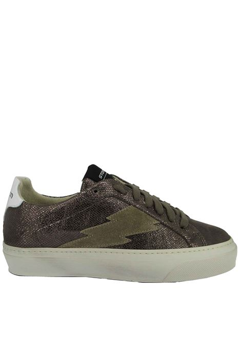 Women's Shoes Lace-up Sneakers in Gunmetal Laminated Leather with Rubber Sole Stokton | Sneakers | BLAZE-DCALCUTTA