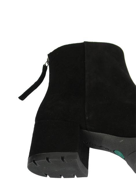 Calzature Donna Stivaletti in Camoscio Nero con Zip Posteriore Tacco in Camoscio e Plateau in Gomma Unisa | Stivaletti | JAICO001