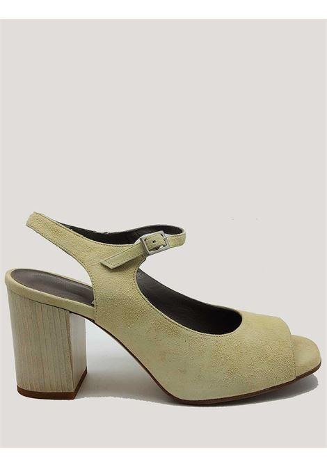 Calzature Donna Sandali in Camoscio Beige con Cinturino alla Caviglia e Tacco Alto in Legno Pret à Dancer | Sandali | 421BEIGE
