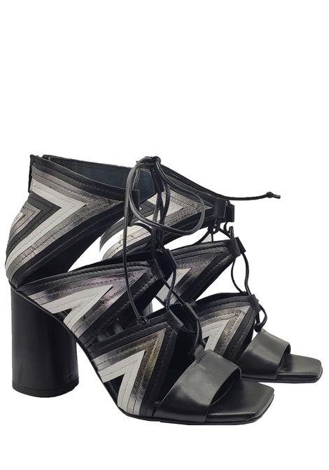 Calzature Donna Sandali Donna in Pelle Nera con Lacci e Tacco Alto Fiori Francesi | Sandali | PE19053NERO
